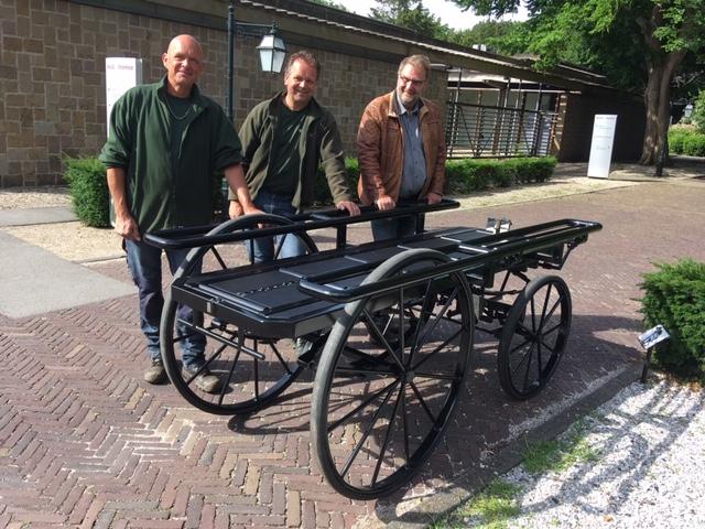 Loopkoets voor Begraafplaats Oud Eik en Duinen, Den Haag.